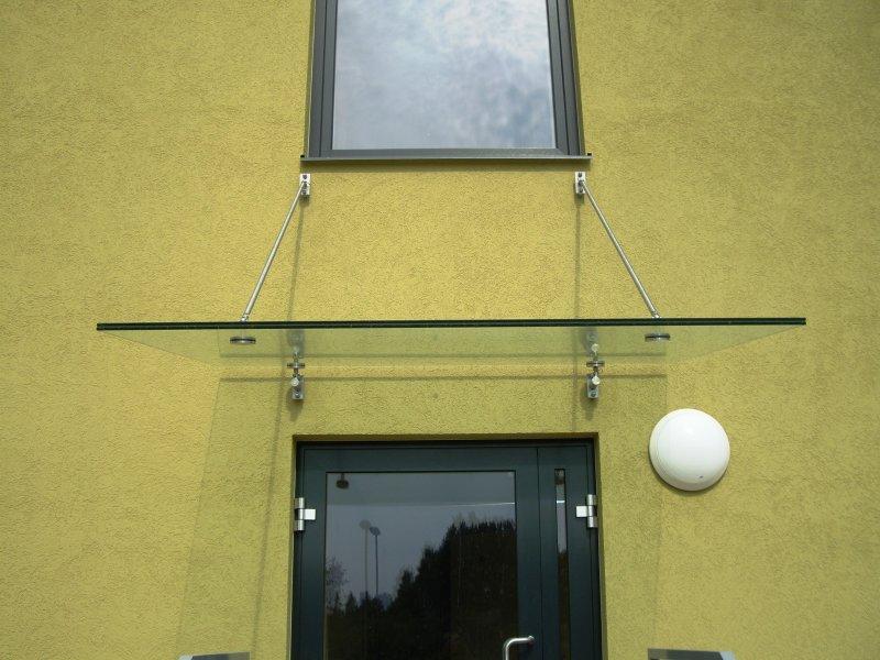 [:et]Sissepääsu klaaskatus[:fi]Sisänpääsyn lasikatos [:ru]Стеклянная крыша над входом