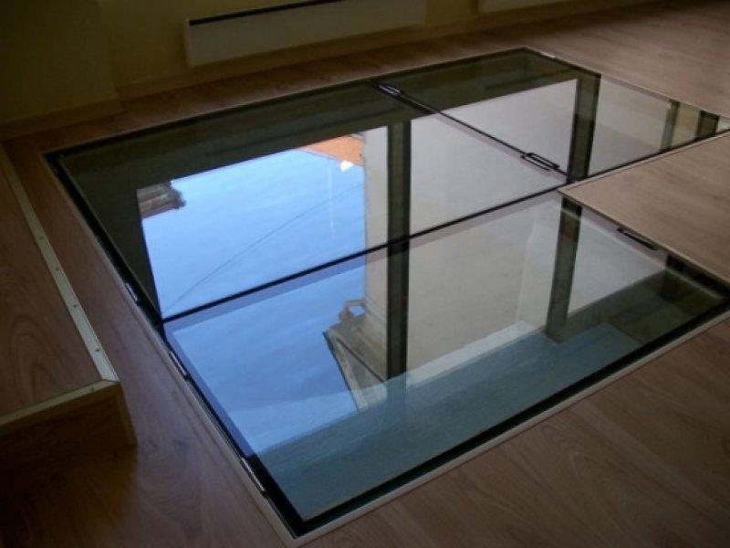 [:et]Avatav klaaspõrand[:fi]Aukaistava lasilattia [:ru]Открывающийся стеклянный пол
