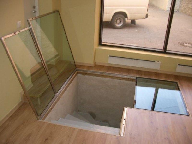 [:et]Avatud klaaspõrand[:fi]Avattu lasilattia [:ru]Открытый стеклянный пол