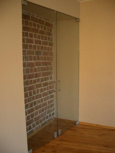 [:et]Klaasuksed[:fi]Lasiovet[:ru]Стеклянные двери