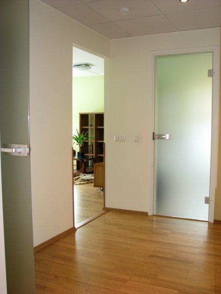 [:et]Klaasuksed koridori[:fi]Lasiovet eteiseen[:ru]Коридорные двери
