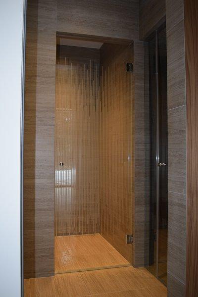 [:et]Sauna klaasuks, muster keemiaga matistatud